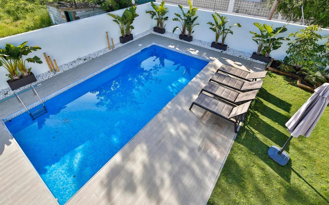 Modern villa for sale The Golden Mile Marbella R3166873 50